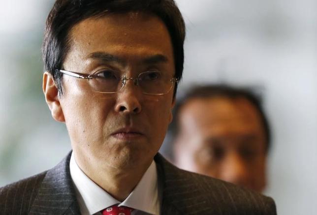 9月16日、石原伸晃経済再生担当相は閣議後会見で、国内総生産の基準改定により2020年ごろまでに600兆円の名目GDPを目指す目標に変わりはないと述べた。写真は2012年12月安倍首相官邸で撮影(2016年 ロイター/Kim Kyung-Hoon)