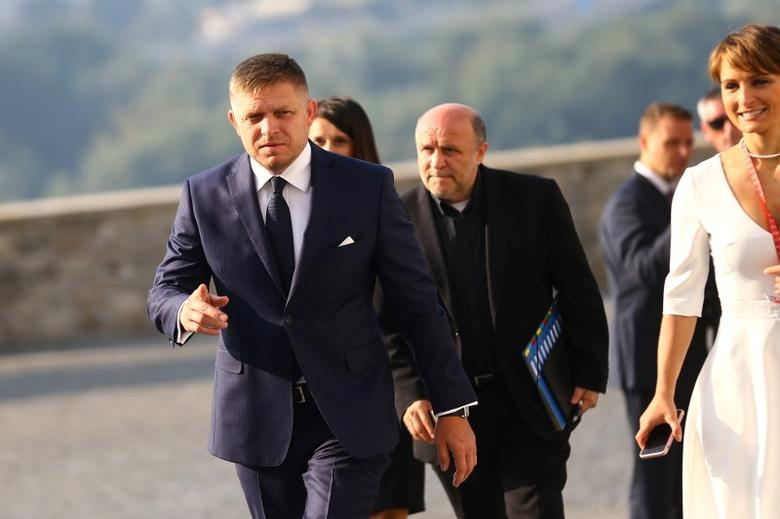 Slovakia's Prime Minister Robert Fico arrives for the European Union summit- the first one since Britain voted to quit- in Bratislava, Slovakia, September 16, 2016. REUTERS/Leonhard Foeger