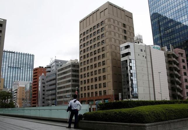 9月20日、今週の東京株式市場は、方向感の出にくい相場展開が見込まれる。都内で8日撮影(2016年 ロイター/Kim Kyung-Hoon)