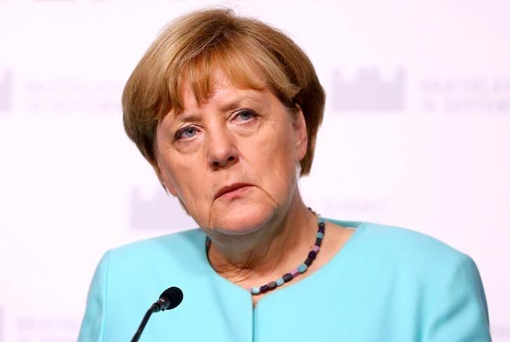 German Chancellor Angela Merkel attends news conference after the European Union summit- the first one since Britain voted to quit- in Bratislava, Slovakia September 16, 2016. REUTERS/Leonhard Foeger/ File photo