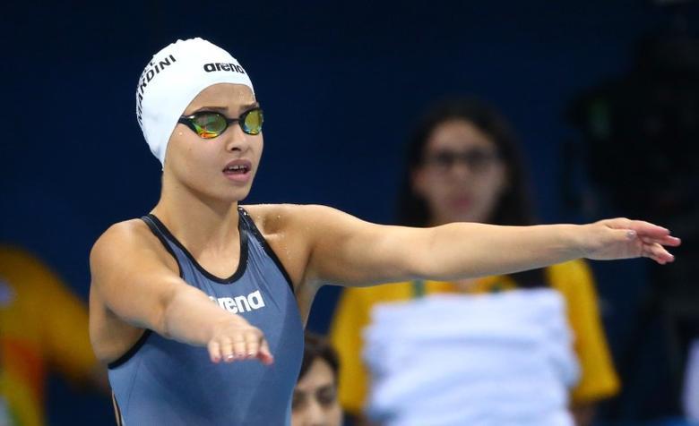 2016 Rio Olympics - Swimming - Preliminary - Women's 100m Freestyle - Heats - Olympic Aquatics Stadium - Rio de Janeiro, Brazil - 10/08/2016.Yusra Mardini (SYR) of Refugee Olympic Athletes prepares  REUTERS/Michael Dalder
