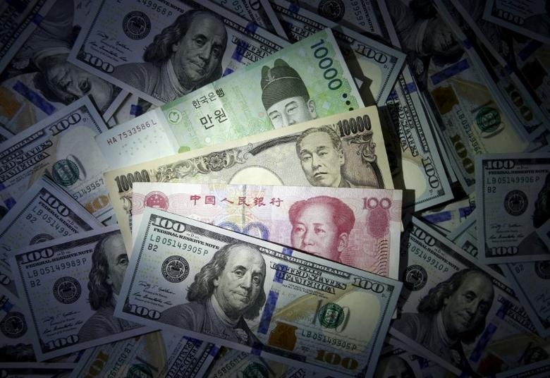 South Korean won, Chinese yuan and Japanese yen notes are seen on U.S. 100 dollar notes in this file photo illustration shot December 15, 2015. REUTERS/Kim Hong-Ji//Illustration/File Photo