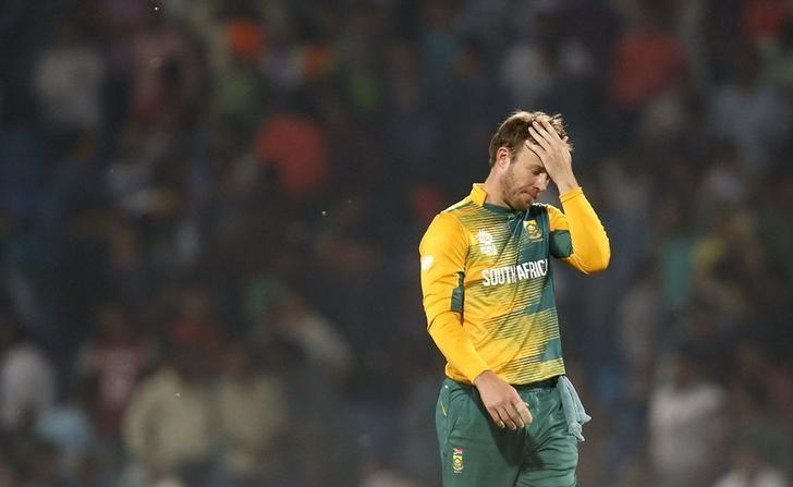 Cricket - South Africa v West Indies - World Twenty20 cricket tournament - Nagpur 25/03/2016. South Africa's AB de Villiers reacts as he walks off the field after they lost their match. REUTERS/Danish Siddiqui/Files