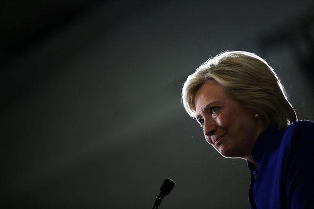 U.S. Democratic presidential candidate Hillary Clinton speaks during a campaign event at the Frontline Outreach and Youth Center in Orlando, U.S. September 21, 2016. REUTERS/Carlos Barria