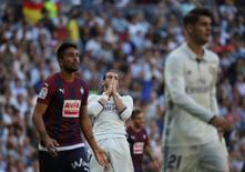 Football Soccer - Spanish Liga Santander - Real Madrid v Eibar- Santiago Bernabeu, Madrid, Spain - 2/10/16 Real Madrid's Gareth Bale reacts. REUTERS/Susana Vera