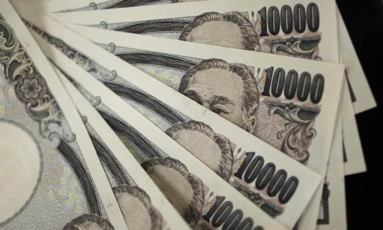 2011年8月2日,日元纸币。REUTERS/Yuriko Nakao