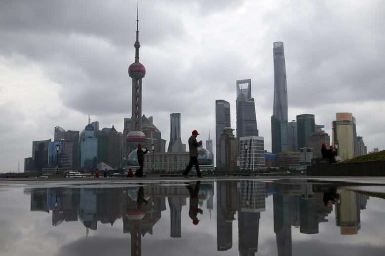 图为上海浦东金融区。REUTERS/Aly Song