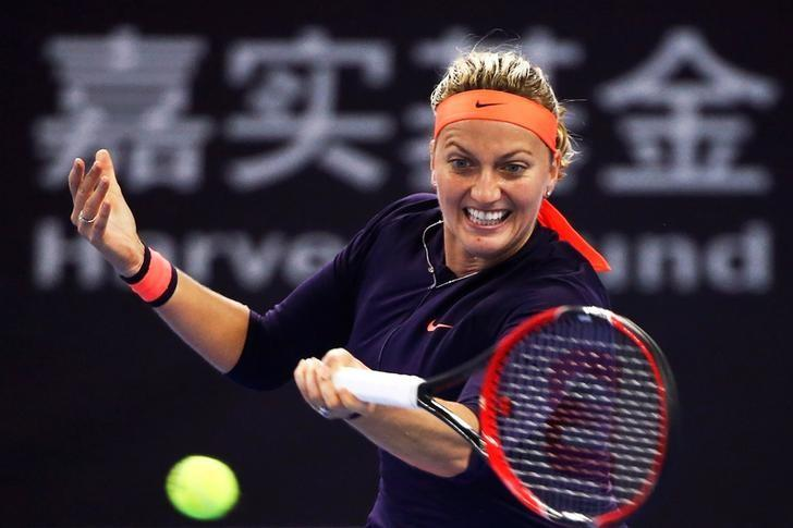 Tennis - China Open Women's Singles Third Round - Beijing, China - 05/10/16. Petra Kvitova of Czech Republic plays against Garbine Muguruza Blanco of Spain.  REUTERS/Damir Sagolj
