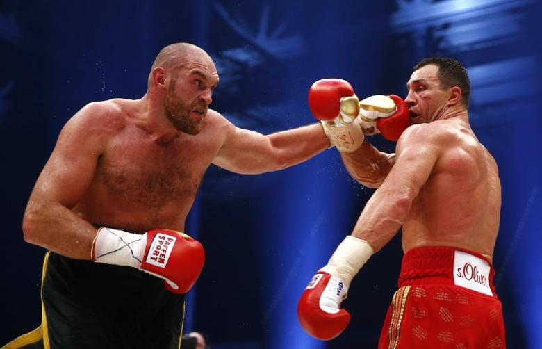 Boxing - Wladimir Klitschko v Tyson Fury WBA, IBF & WBO Heavyweight Title's - Esprit Arena, Dusseldorf, Germany - 28/11/15Tyson Fury in action against Wladimir Klitschko during the fightReuters / Kai PfaffenbachLivepic