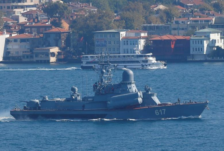The Russian Navy's missile corvette Mirazh sails in the Bosphorus, on its way to the Mediterranean Sea, in Istanbul, Turkey, October 7, 2016. REUTERS/Murad Sezer