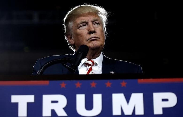 U.S. Republican presidential nominee Donald Trump looks on during a campaign rally in Prescott Valley, Arizona, U.S., October 4, 2016.  REUTERS/Mike Segar