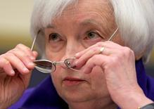 """Federal Reserve Chairman Janet Yellen delivers the semi-annual testimony on the """"Federal Reserve's Supervision and Regulation of the Financial System"""" before the House Financial Services Committee in Washington, U.S., September 28, 2016.      REUTERS/Joshua Roberts"""