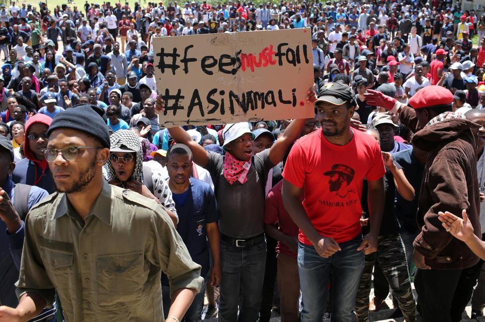 studenti sudafricani protestano per i loro diritti