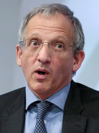 Jon Cunliffe reacts during a news conference at the Bank of England in London, Britain, December 1, 2015. REUTERS/Suzanne Plunkett