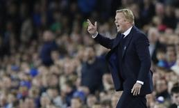 Britain Football Soccer - Everton v Crystal Palace - Premier League - Goodison Park - 30/9/16 Everton manager Ronald Koeman Action Images via Reuters / Carl Recine Livepic