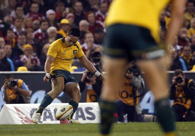 Australian Wallabies rugby player Christian Leali'ifano successfully kicks a conversion of teammate Adam Ashley-Cooper's 75th minute try during the second test match against the British and Irish Lions in Melbourne June 29, 2013. REUTERS/David Gray