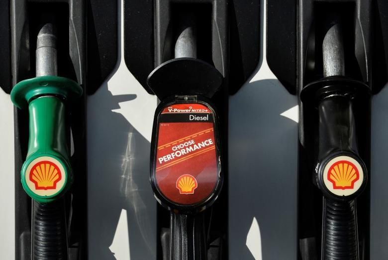 2015年1月29日,伦敦西区壳牌旗下的加油站。REUTERS/Toby Melville