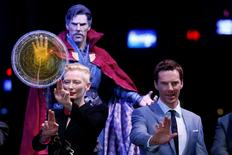 "British actors Tilda Swinton and Benedict Cumberbatch pose during a promotion of film ""Doctor Strange"" in Hong Kong, China October 13, 2016.  REUTERS/Bobby Yip"