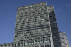 Las oficinas de JP Morgan en el distrito de Canary Wharf en Londres, ene 28, 2014. Los ingresos y ganancias de JPMorgan Chase & Co superaron las previsiones en el tercer trimestre, al recuperarse la actividad en los mercados internacionales de deuda y divisas tras la decisión de Reino Unido de dejar la Unión Europea.  REUTERS/Simon Newman