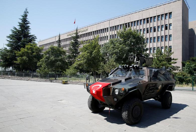 Members of police special forces keep watch from an armored vehicle in front of the Justice Palace in Ankara, Turkey, July 18, 2016. REUTERS/Baz Ratner/File Photo