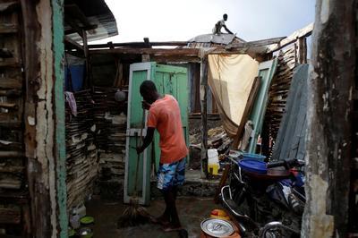 Haiti desperate for hurricane relief