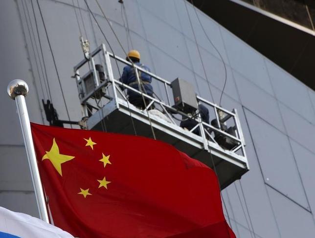10月18日、国際通貨基金(IMF)は、中国の信用の伸びは世界的な標準から見て「非常に速い」と指摘した。北京で1月撮影(2016年 ロイター/Kim Kyung-Hoon)