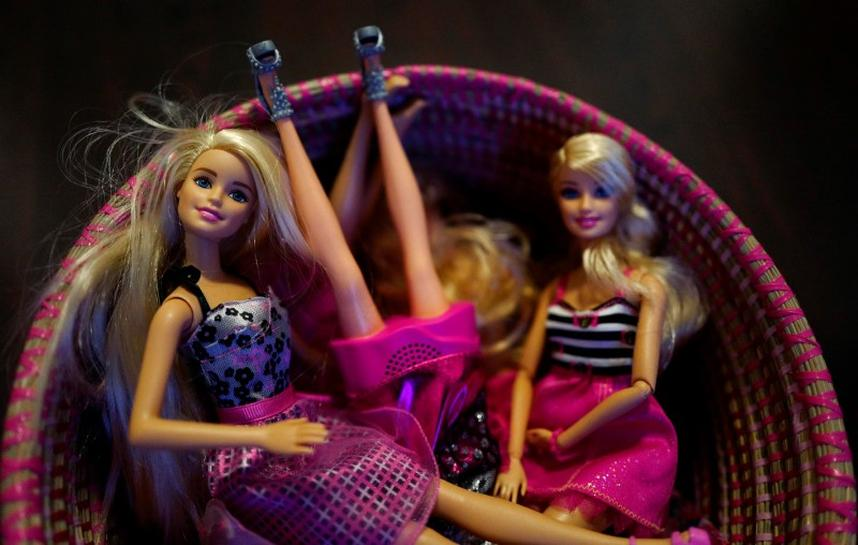 mattel's barbie industry analysis Does mattel's iconic barbie doll need a makeover case solution, does mattel's iconic barbie doll need a makeover case solution recommendation # 3 the third recommendation for mattel is to control and remove.