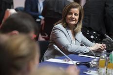 La ministra española de Empleo en funciones propuso el jueves que los jubilados puedan compatibilizar hasta el 100 por ciento del cobro de su pensión si a la vez tienen un empleo, lo que elevaría la cuantía desde el 50 por ciento que pueden percibir actualmente. En la imagen de archivo, la ministra de Báñez en una conferencia de la UE en Berlín. REUTERS/Thomas Peter