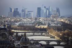 La place de Paris a bon espoir de voir les parlementaires revenir sur le durcissement de la taxe sur les transactions financières (TTF), une mesure qui nuit, selon elle, à l'intense campagne menée pour faire de Paris une alternative à la City de Londres après la sortie des Britanniques de l'Union européenne. /Photo d'archives/REUTERS/Charles Platiau