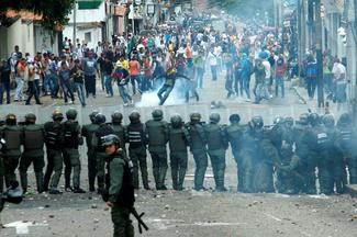 Enraged Venezuela opposition escalates protests