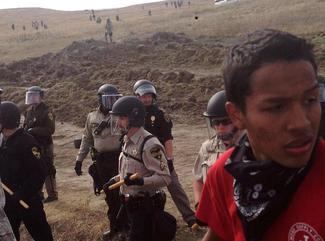 Crackdown on North Dakota pipeline protest