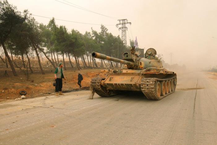 Rebeldes da Síria iniciam contra-ataque em Aleppo para romper cerco do governo