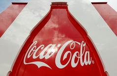 The logo of U.S. beverage group Coca-Cola is seen at the entrance of a visitors center of Coca-Cola Schweiz GmbH in Bruettisellen, Switzerland October 11, 2016.  REUTERS/Arnd Wiegmann