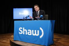 Brad Shaw, CEO of Shaw Communications, answers questions during a news conference at the Shaw AGM in Calgary, Alberta January 14, 2014. REUTERS/Todd Korol