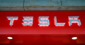The logo of U.S. car manufacturer Tesla is seen in Zurich, Switzerland July 14, 2016.     REUTERS/Arnd Wiegmann/File Photo