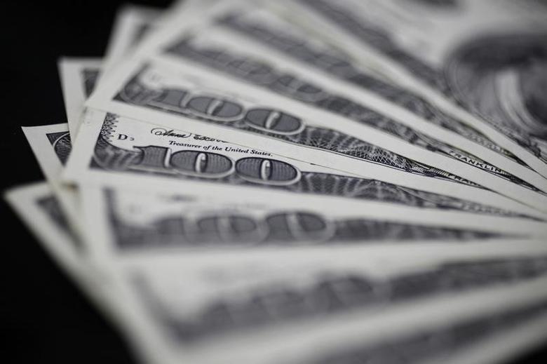 2011年8月2日,美元纸币。REUTERS/Yuriko Nakao