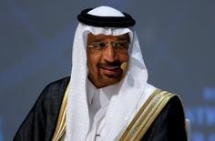 El ministro de Energía de Arabia Saudita, Khalid al-Falih, durante el Congreso Mundial de Energía en Estambul, Turquía. 10 de octubre de 2016. El ministro de Energía de Arabia Saudita, Khalid al-Falih, se mostró optimista el jueves respecto a que la OPEP formalice el acuerdo preliminar sobre su producción de crudo, alcanzado en septiembre en Argelia.REUTERS/Murad Sezer