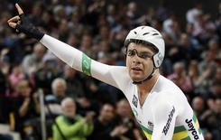 Jack Bobridge of Australia celebrates winning the Men's Individual Pursuit at the UCI Track Cycling World Championships in Apeldoorn March 24, 2011.  REUTERS/Jerry Lampen