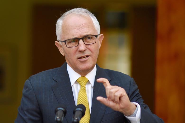 Australian Prime Minister Malcolm Turnbull reacts as he answers questions during a media conference in Parliament House, Canberra, Australia, November 22, 2016.   AAP/Lukas Coch/via REUTERS