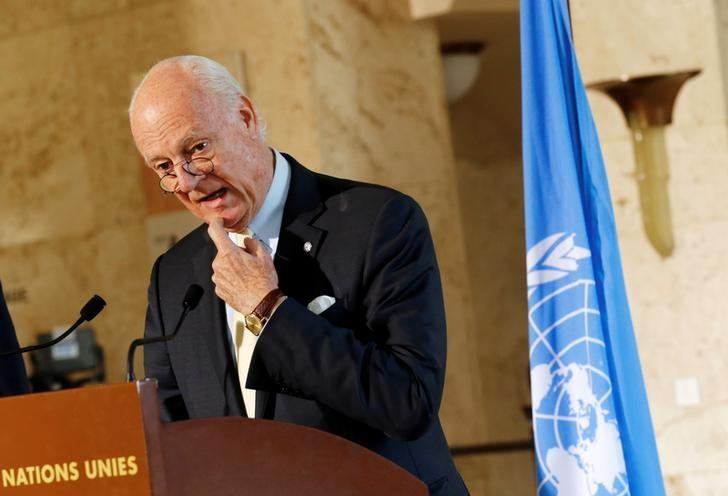 U.N. mediator for Syria Staffan de Mistura attends a news conference after a meeting at the United Nations in Geneva, Switzerland, December 1, 2016. REUTERS/Denis Balibouse