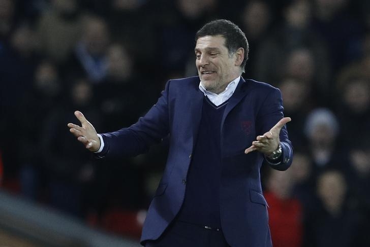Football Soccer Britain - Liverpool v West Ham United - Premier League - Anfield - 11/12/16 West Ham United manager Slaven Bilic gestures during the match Reuters / Phil Noble Livepic