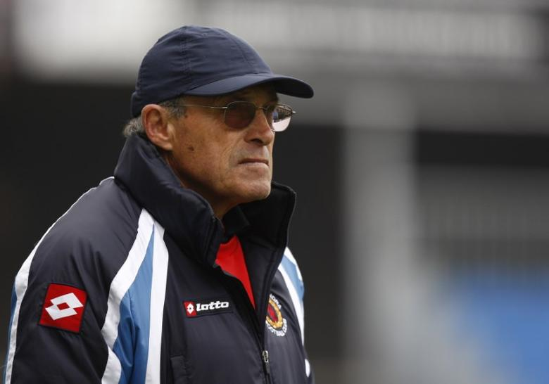 Football - Hereford United v Crewe Alexandra npower Football League Two - Edgar Street - 10/11 , 27/3/11 Dario Gradi - Crewe Alexandra Manager Mandatory Credit: Action Images / Peter Cziborra