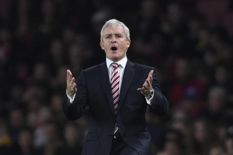 Football Soccer Britain - Arsenal v Stoke City - Premier League - Emirates Stadium - 10/12/16 Stoke City manager Mark Hughes  Action Images via Reuters / Tony O'Brien Livepic