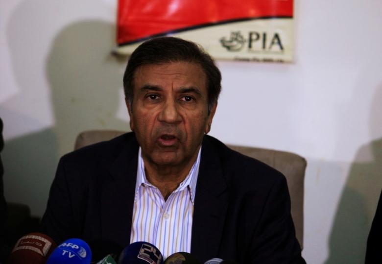 Muhammad Azam Saigol Chairman Pakistan International Airline (PIA) speakes to media in Islamabad, Pakistan, December 7, 2016. REUTERS/Faisal Mahmood