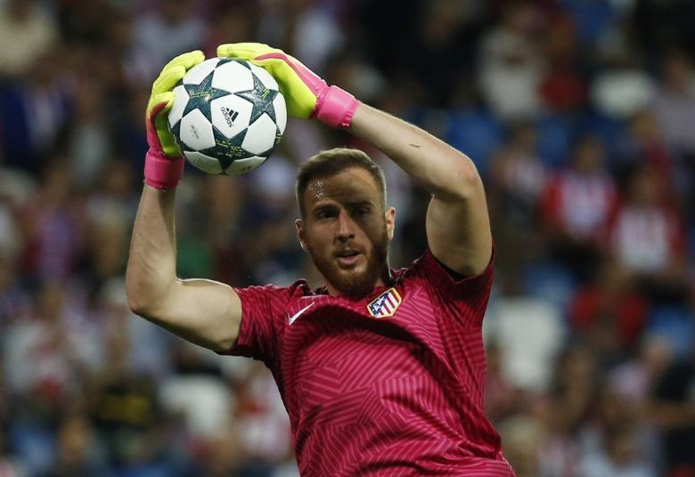 Atletico Madrid's Jan Oblak before the match. Atletico Madrid v Bayern Munich - UEFA Champions League Group Stage - Group D - Vicente Calderon, Madrid, Spain - 28/9/16. Reuters / Sergio Perez Livepic