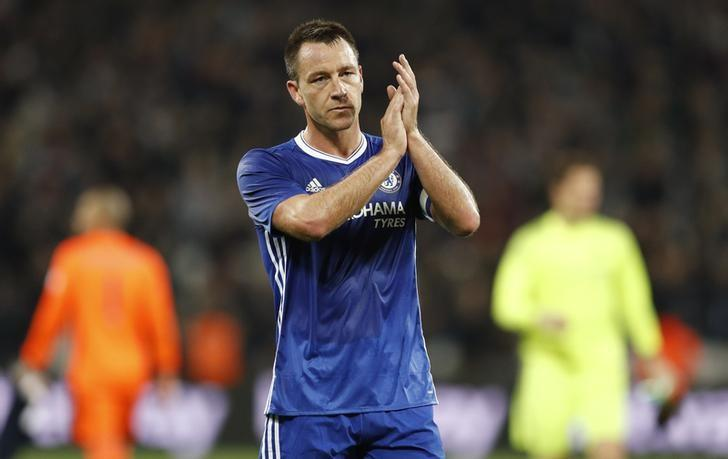 Football Soccer Britain - West Ham United v Chelsea - EFL Cup Fourth Round - London Stadium - 26/10/16Chelsea's John Terry applauds their fans after the matchAction Images via Reuters / John Sibley/ Livepic/ Files
