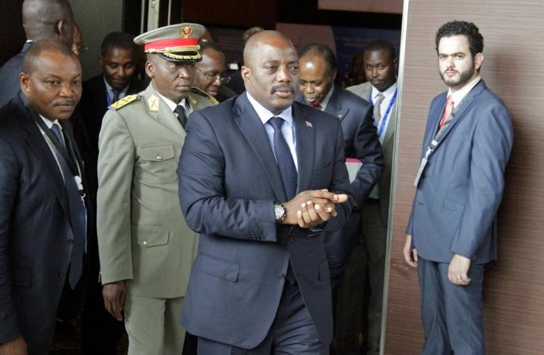 Democratic Republic of Congo's President Joseph Kabila arrives for a southern and central African leaders' meeting to discuss the political crisis in the Democratic Republic of Congo in Luanda, Angola, October 26, 2016. REUTERS/Kenny Katombe/File Photo