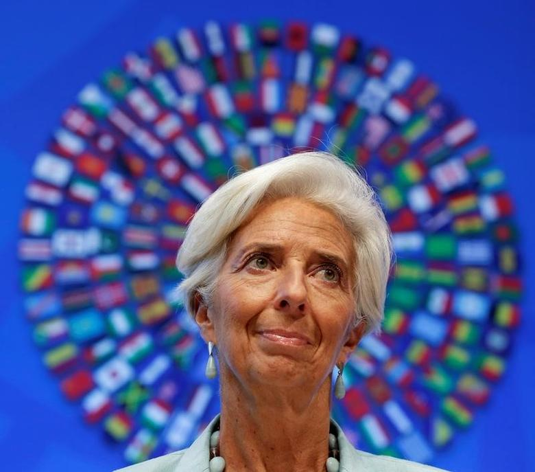 FILE PHOTO - International Monetary Fund (IMF) Managing Director Christine Lagarde speaks at a news conference during the IMF/World Bank annual meetings in Washington, U.S., October 8, 2016. REUTERS/Yuri Gripas/File Photo