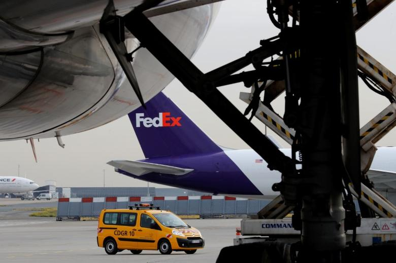 FedEx planes on the tarmac during the presentation of the future extension of the FedEx hub in Roissy-en-France, North of Paris, France, October 18, 2016. REUTERS/Philippe Wojazer