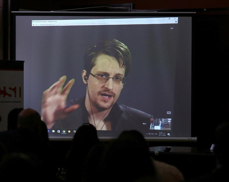 Edward Snowden speaks via video link during a conference at University of Buenos Aires Law School, Argentina, November 14, 2016. REUTERS/Marcos Brindicci - RTX2TO08